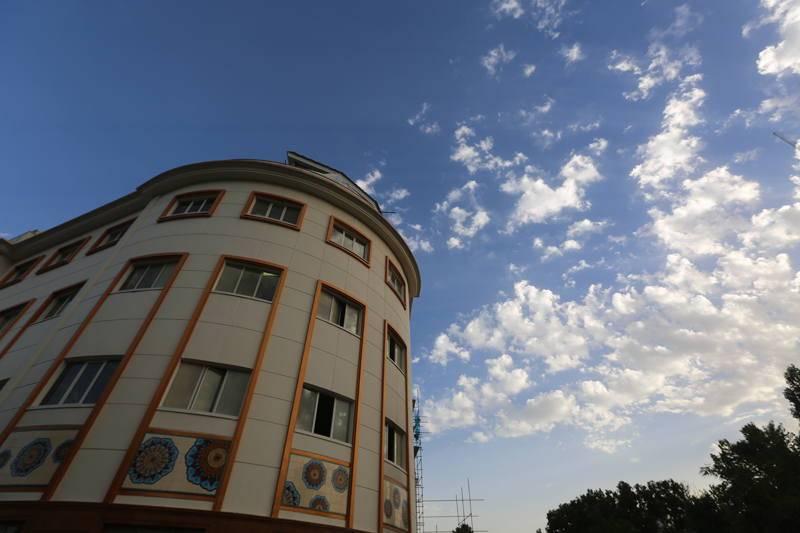Bahman Hospital Exterior