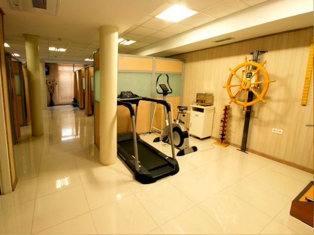 Jam Hospital physiotherapy room