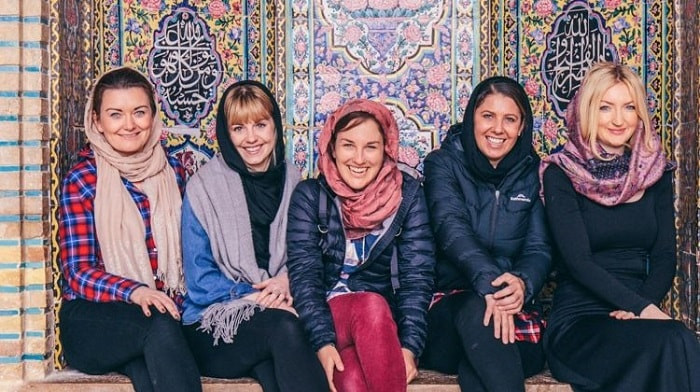dress code for female travelers in Iran