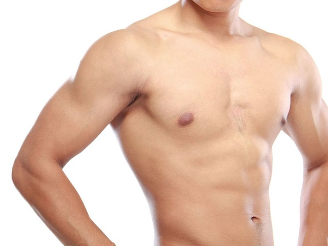 man body with flat abdomen and broad shoulders