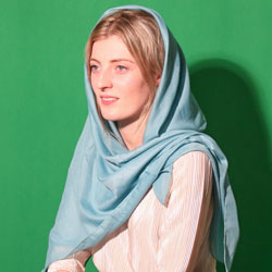 Nose surgery in Iran - Emily from Australia tells why she chose Iran for her surgery!