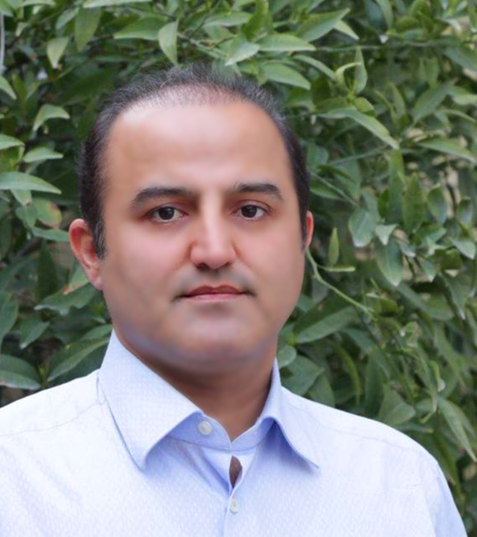 Dr. Hamidreza Hosnani rhinoplasty surgeon in Iran