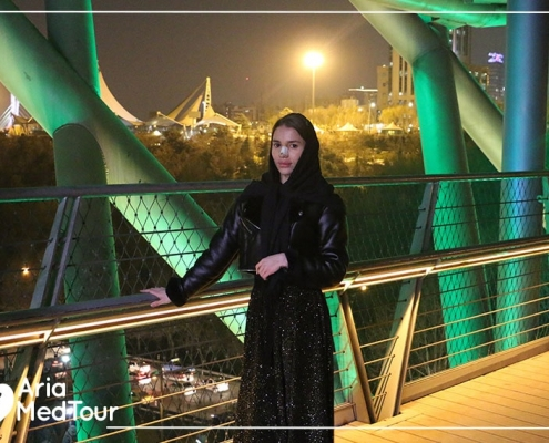 Russian girl tour in Tehran after rhinoplasty in Iran